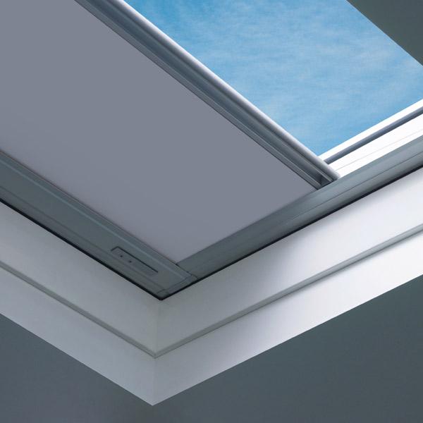 Verdunkelungsrollo ARF D für Flachdachfenster
