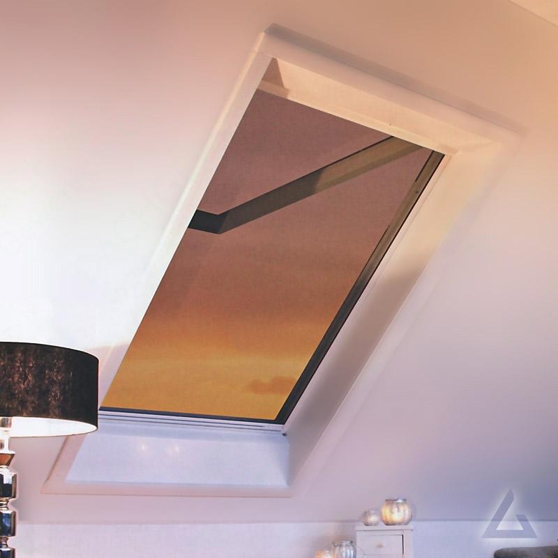 roto insektenschutzrollo zri g nstig kaufen bei dachgewerk. Black Bedroom Furniture Sets. Home Design Ideas
